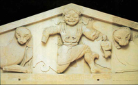 Медуза Горгона (Рельеф фронтона храма Артемиды на острове Корфу. 590-80 гг. до н.э.)