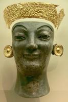 Скульптура из золота и слоновой кости. VI в. до н.э. Дельфы, музей